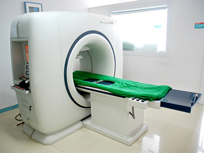 拍了DR片,为什么还要做CT或核磁共振