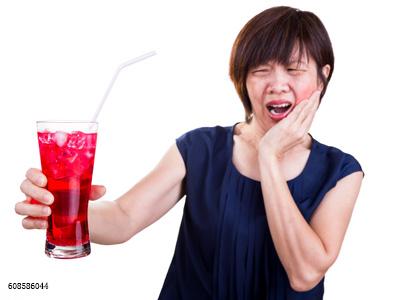 别被商家骗了,无糖碳酸饮料也会毁了你的牙