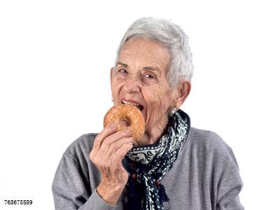这个常见的口腔问题会导致中老年人牙齿缺失?