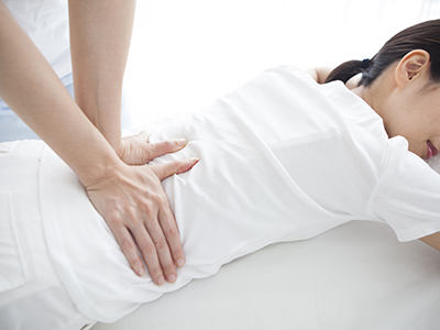 经常感到腰酸背痛是怎么回事?如何缓解?